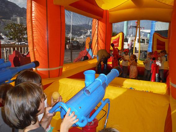Gonflable canon à air Marseille Aubagne