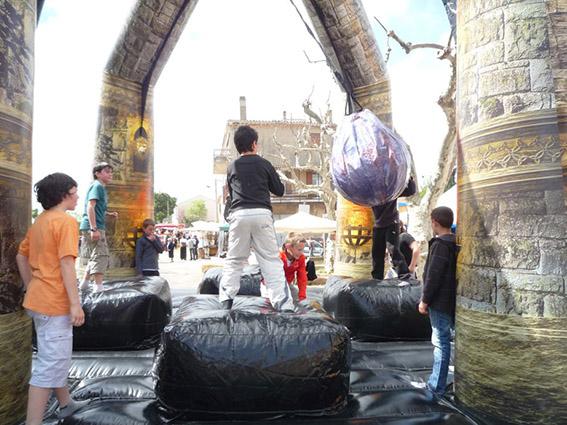 structure gonflable la boule démolition Marseille aubagne