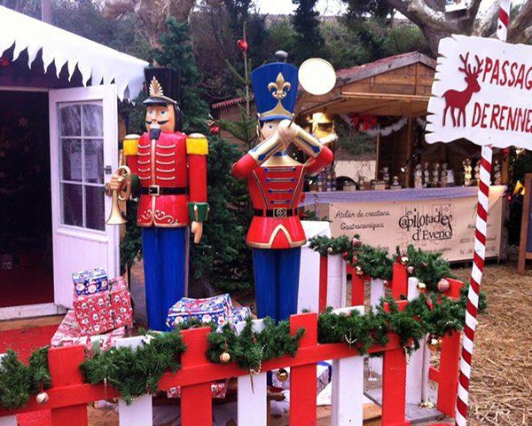 Location décors noêl casse noisette personnages cadeaux marseille aubagne aix paca bouches du rhone