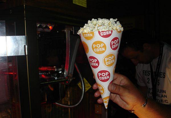 Location machine à pop corn américaine professionnelle Marseille Aubagne aix Paca Bouches du rhone