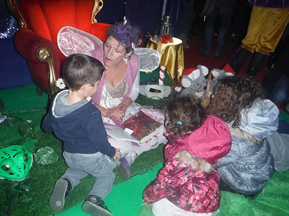 Atelier lecture contes enfants arbre de noël marseille aix aubagne bouches du rhone paca