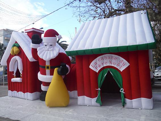 Gonflable la cabane du père noël décors photo noël Marseille Aubagne Aix PACA